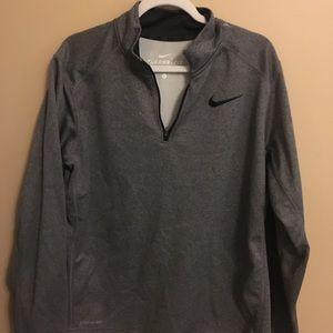 Gray Nike therma-fit quarter zip